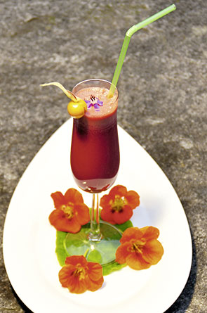 Rote Beete-Sellerie Smoothie
